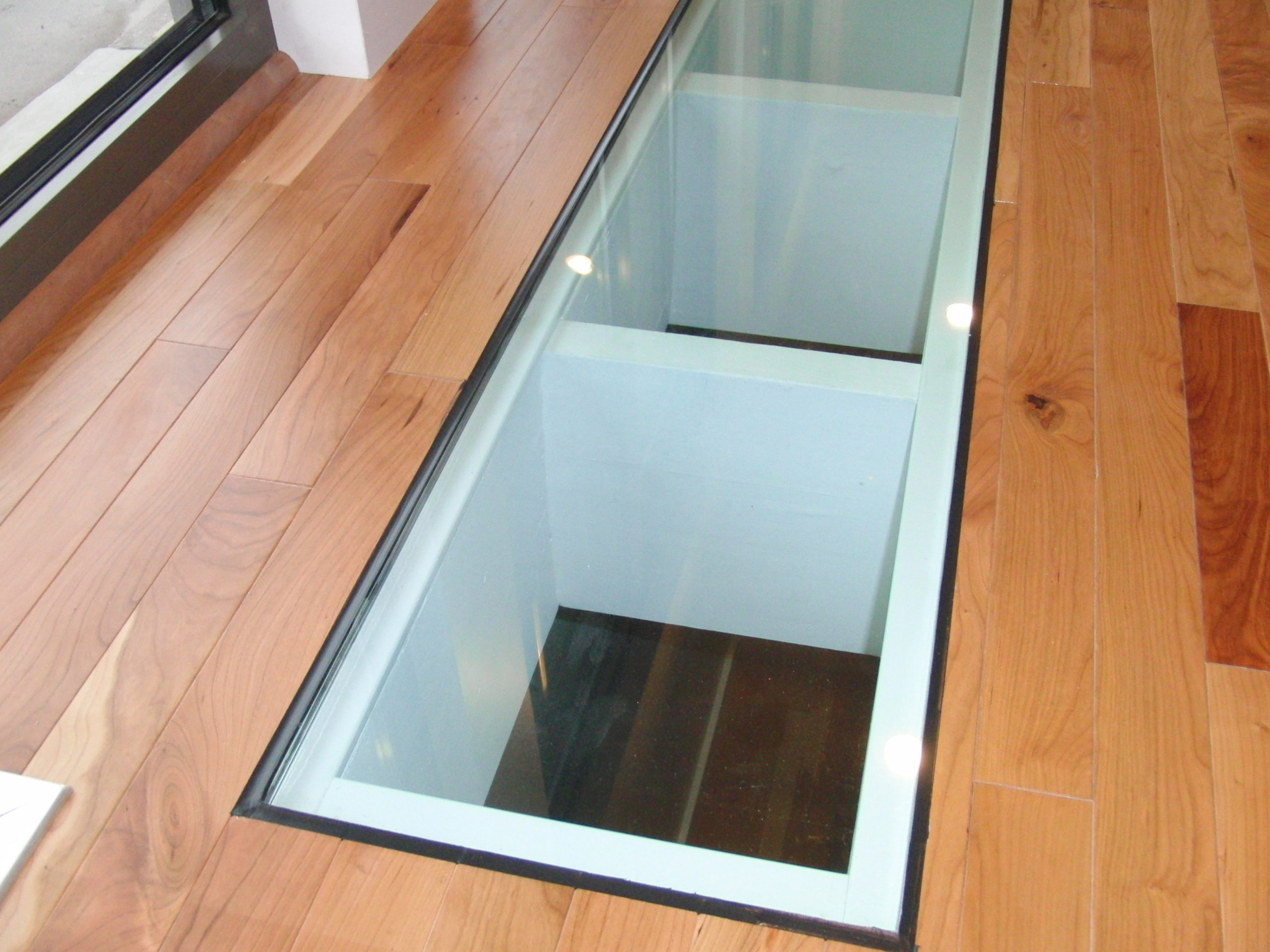 GC Custom Efsratudakis Glass Floor 3 scaled