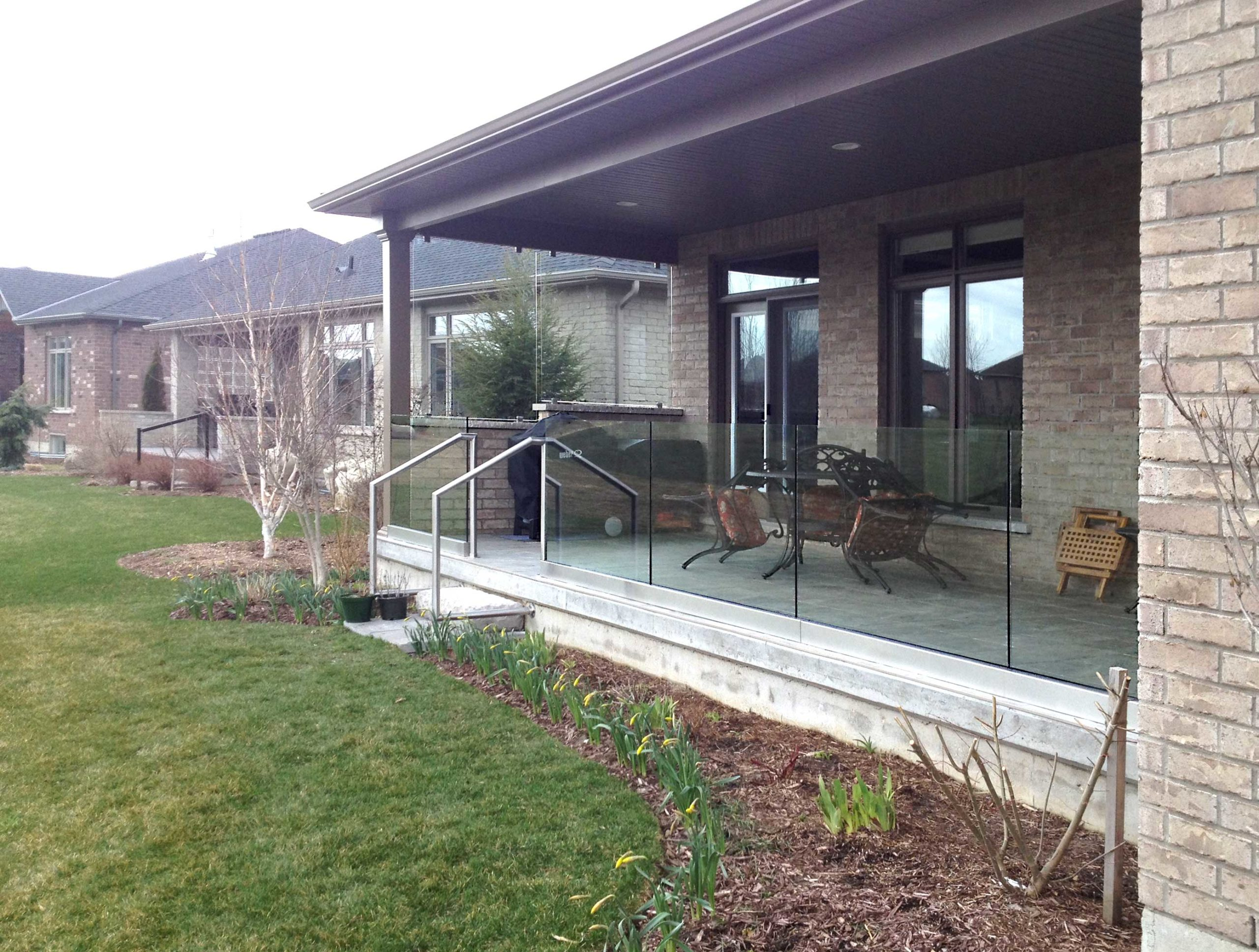GC Residential Railing Exterior 2016 03 31 Riverbend 1 Copy scaled